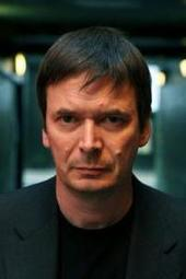 Ian Rankin signs STANDING IN ANOTHER MAN'S GRAVE
