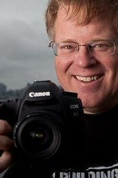 Robert Scoble, The King of Social, shares key strategies, tips/tricks for an effective social media plan.