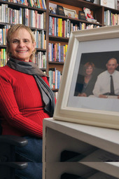 Anne Hillerman signs THE SPIDER WOMAN'S DAUGHTER