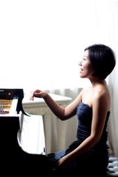 Jenny Q Chai, piano