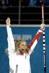 Team Jennifer Jones Arrives Home in Winnipeg
