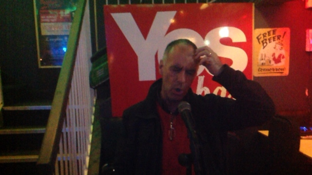 Tommy Sheridan live at the Yes Bar