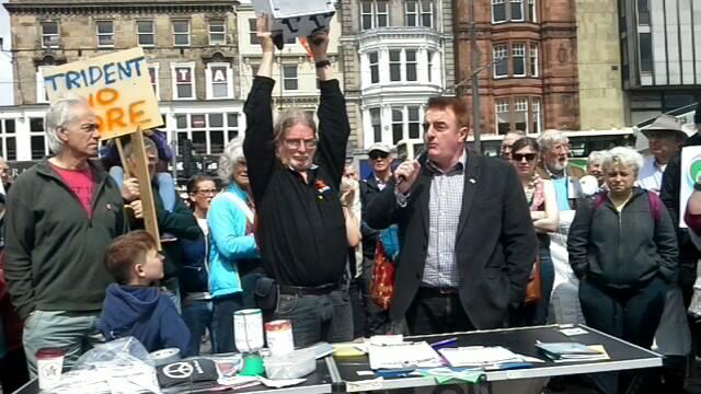 Trident No More! Edinburgh flash demo