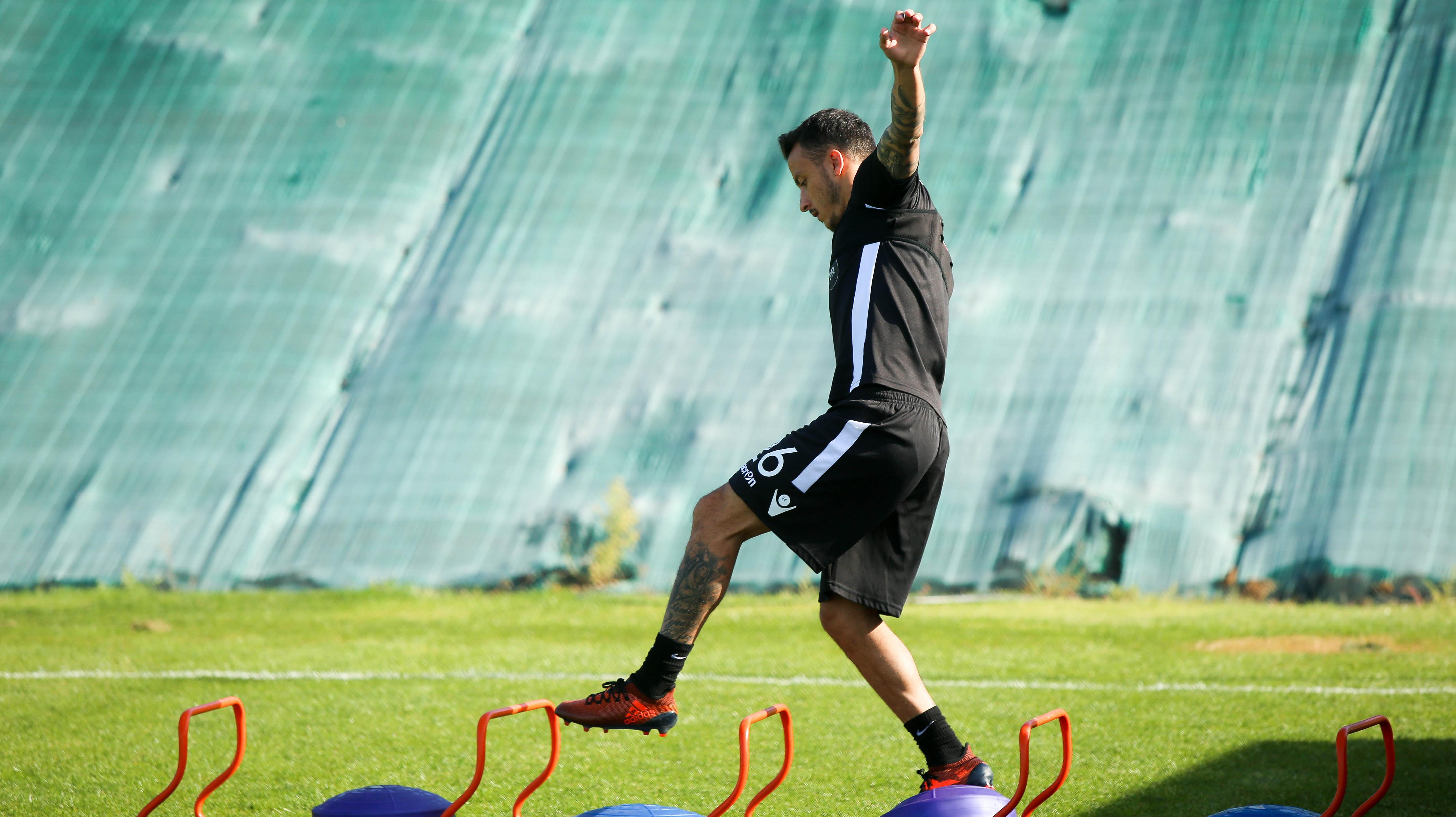 Ισορροπία, γυμναστική, ποδόσφαιρο