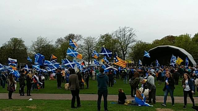 March for Indy - Glasgow. Cam3 - Bridge coverage.