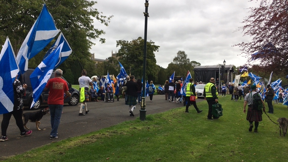 Independence's yes march Dumfrline
