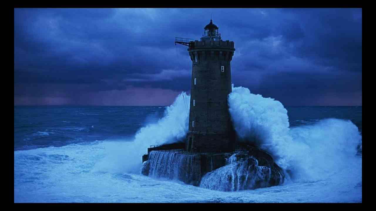 lighthouse porthcawl pier huge - 1134×756