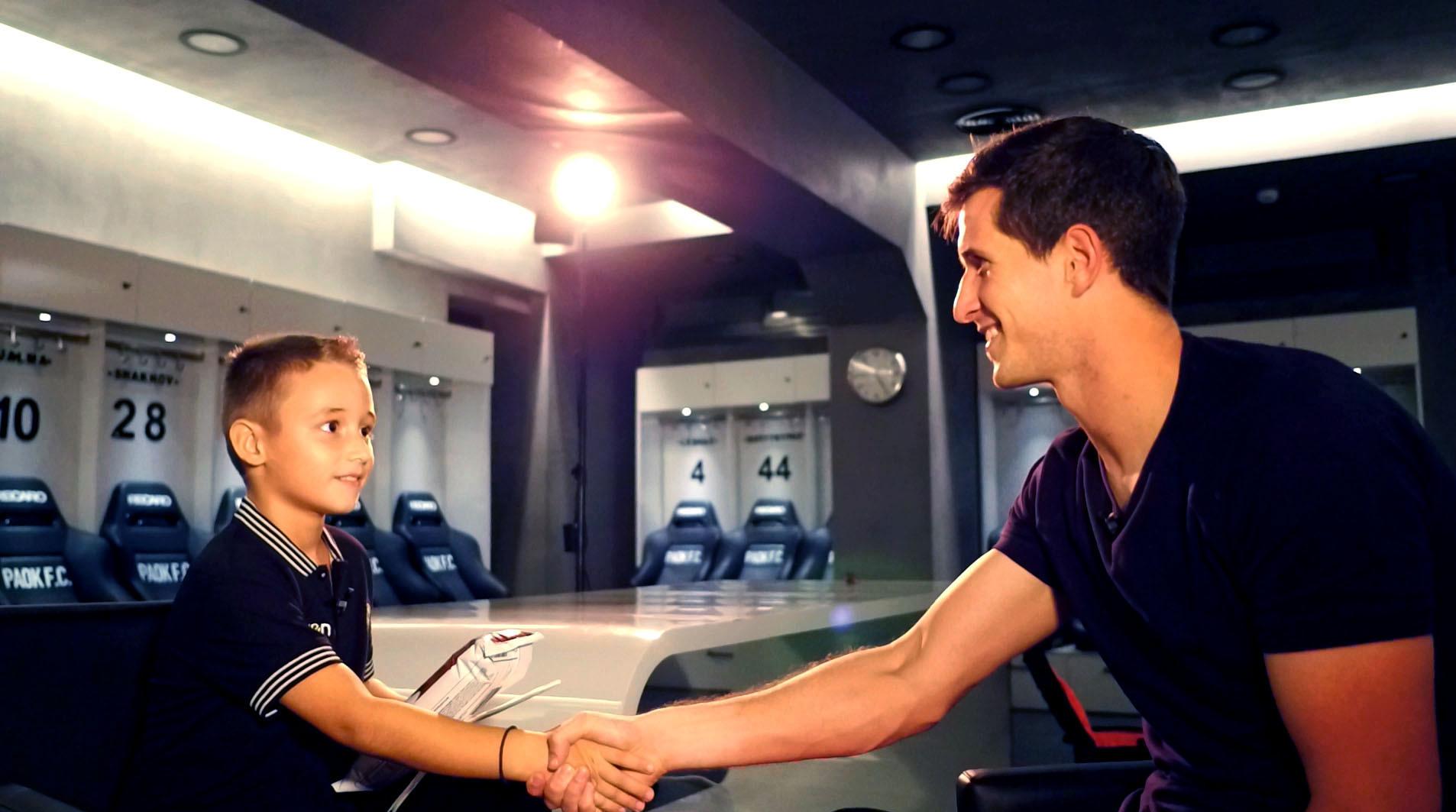 Junior Reporter vs Rodrigo Rey