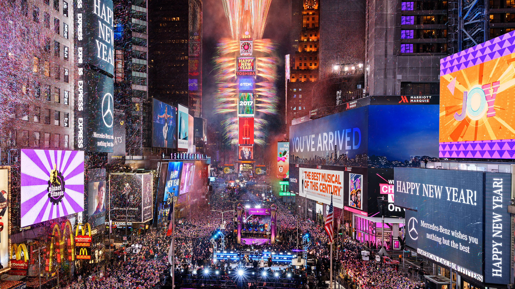 Time Square Ball Drop on FREECABLE TV