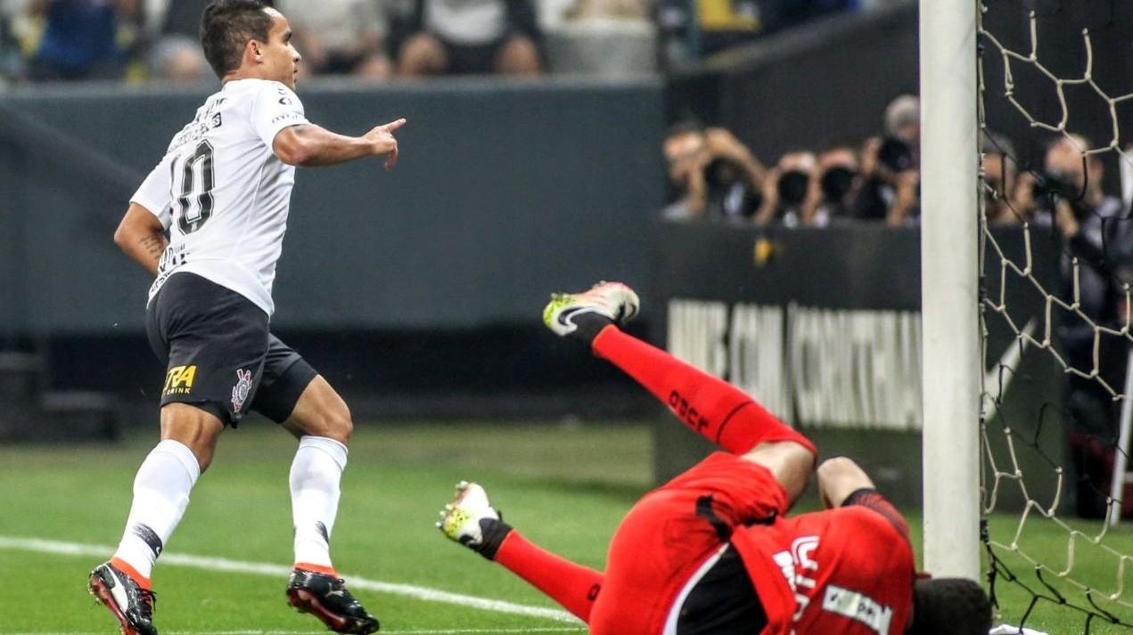 Gol - Corinthians 1x0 América-MG - Brasileirão 2018