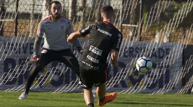 Último treino antes do Botafogo com golaço do Jonathas