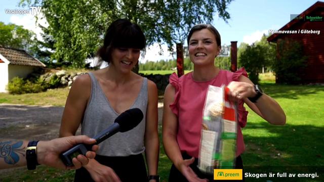 Jenny och Susanna Kallur bakar Vasaloppsbullar